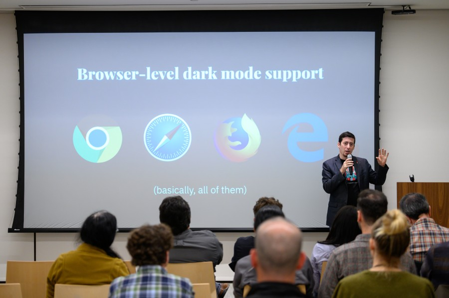 Learn how implementing WordPress Dark Mode boosted 9to5's sites
